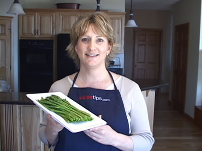 boiling asparagus for your favorite asparagus recipes Video