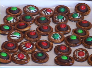 How to Make Chocolate Drop Pretzels Video