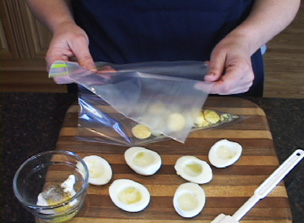 How to Make an Easy to Fill Deviled Egg Video