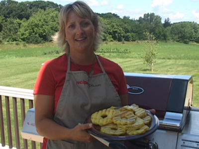 grilling pineapple rings Video