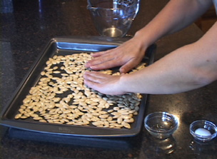 how to roast pumpkin seeds Video